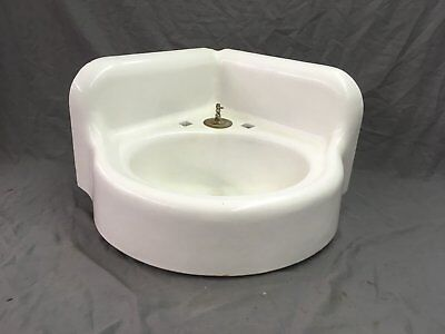 Antique Cast Iron White Porcelain Corner Sink Vintage Bathroom Kohler Old 67-18E