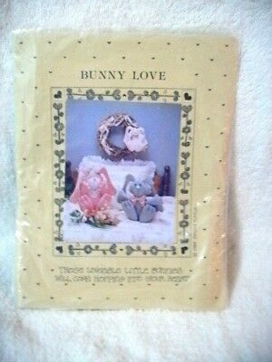 Craft All Cooped UP Stuffed Scarlett & Rhett Bunnies, Wreath Pattern Too, Used