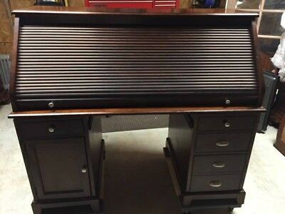 Roll Top Desk Americana Good Overall Condition, No Longer Needed