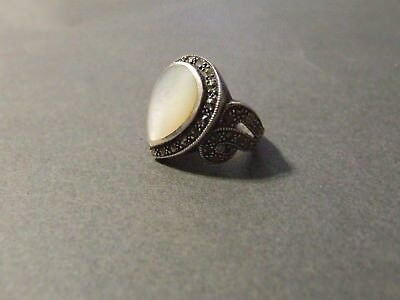 Vintage Sterling Silver Mother Of Pearl Ring Sz 7.5 (K3)