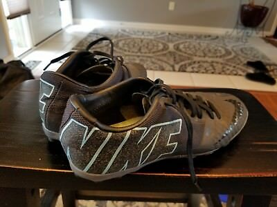Nike Bomba Finale II Premium Men`s Turf Football Soccer Shoes US Size 6
