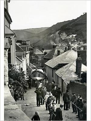 "8932083 16""x12"" (41x30cm) Print Port Isaac lifeboat Richard and S..."