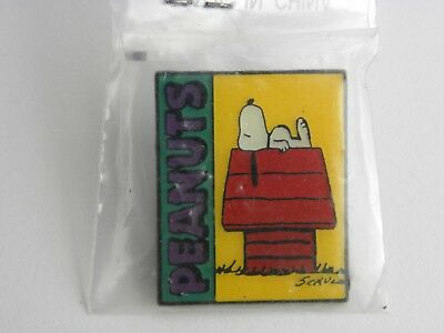 Peanuts Snoopy Collector's Pin Charlie Brown