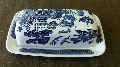 Vintage Churchill  Blue Willow  China 1/4 LB Covered Butter Dish England VGC & VINTAGE CHURCHILL