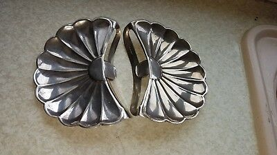 Pair Of Antique Silver Plated Clip On Shells / Fish Bone Collector