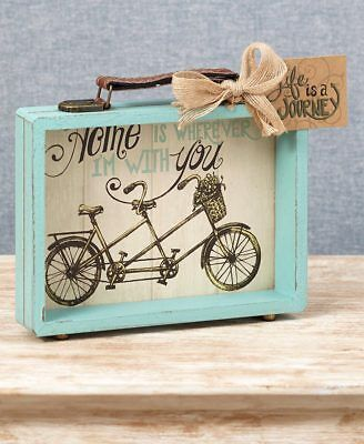 The Lakeside Collection Vintage Suitcase Box Sign