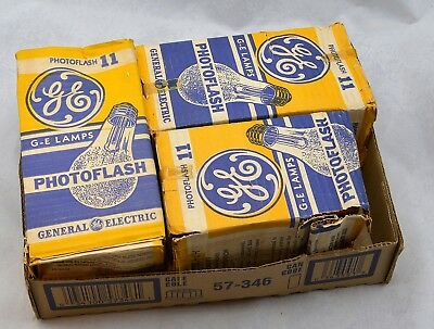 Vintage PhotoFlash Bulbs No.11 General Electric  qty of 22