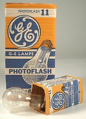16 Vintage #11 GE Synchro-Press Photoflash Bulbs - HI POWER -Type M -NewOldStock