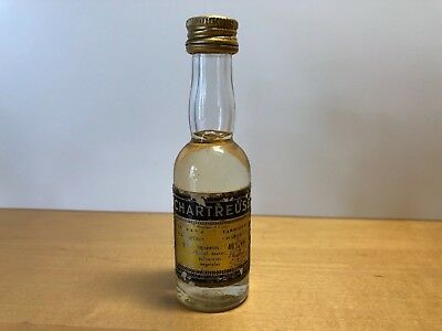 Antique - Mini CHARTREUSE Crystal bottle - 3 cl. - NOT OPPENED - For Collectors