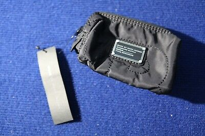 sb- MARC JACOBS Zipper Black keychain cosmetic coin pouch bag - NWT! 68.00 msrp