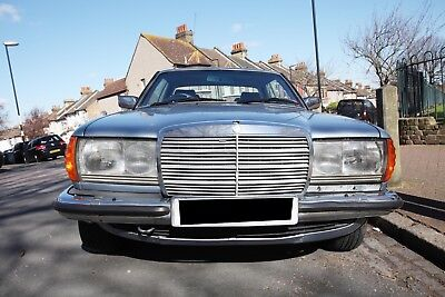 MERCEDES W123 230 CE (with leather interior & electric windows ...