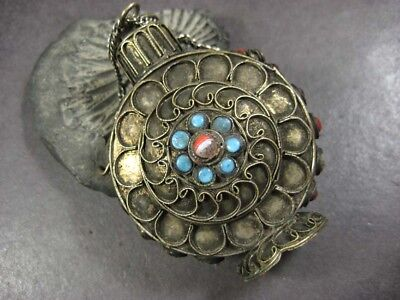 P1111 ETHNIC TIBETAN Antique Vintage Collectible tribal snuff bottle Nepal