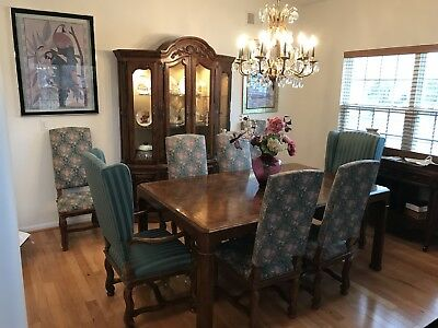Antique Heritage Dining Table Set