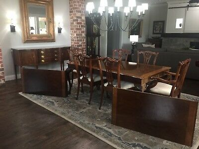 Henredon RIttenhouse Square Table w/ 6 Maitland Chairs and Henredon Sideboard