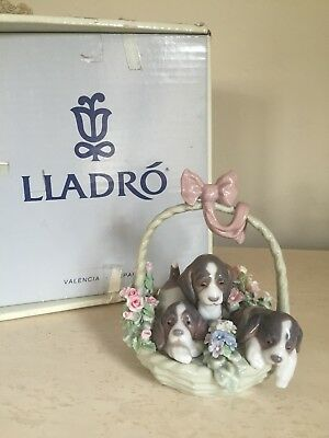 LLADRO A LITTER OF LOVE # 1441 DOGS & PUPPIES In BASKET ORIGINAL BOX !!