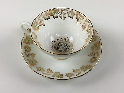 STANLEY Fine Bone china TEACUP & SAUCER GOLD Leaves and grapes berries