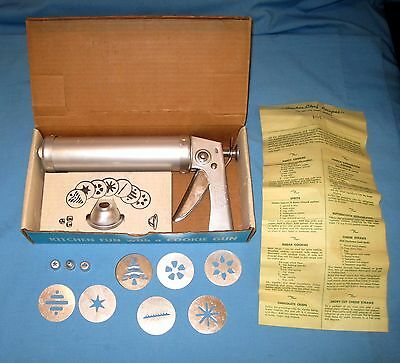 VTG COOKIE CHEF TRIGGER TRIG-O-MATIC COOKIE GUN/Press & PASTRY DECORATOR - IOB!