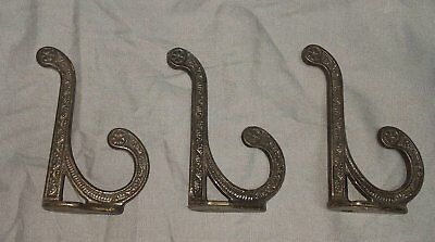 Set of 3 Victorian Hooks Decorative Antique Cast Iron 32-18F