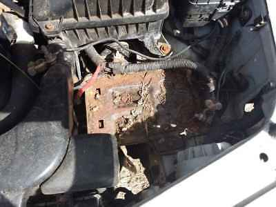 1998 Hyundai Excel Twin Cam Battery Tray #B258