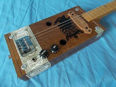 "cigarbox electric 4 string guitar ""Undercrown"" 17 frets"