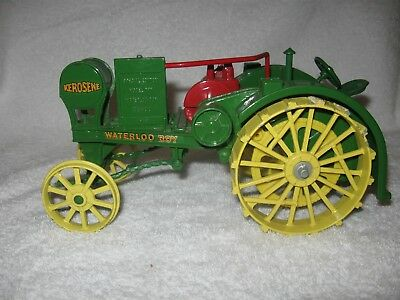 John Deere 1915 Waterloo Boy Special Ed Model R