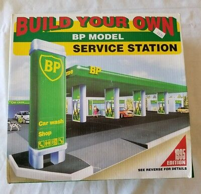 BP Model Service Station Build Your Own Work Shop Car Wash 1995 Edition NIB