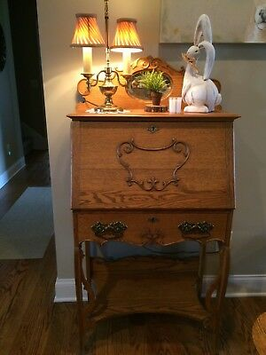 Antique Oak Desk With Drawer Mirror Attached In Excellent Condition Beautiful
