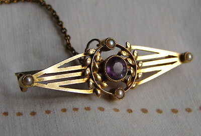 A Very Pretty Art Nouveau 15ct Gold Amethyst and Seed Pearl Brooch