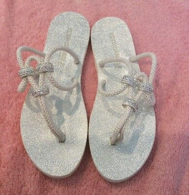 EDDY DANIELE White Thong Sandals with Swarovski Crystal Accents-Size 39