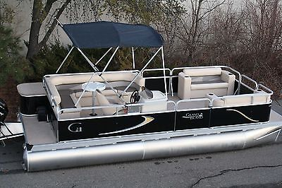New 20 ft Rear entry cruise  pontoon boat--   Factory Direct