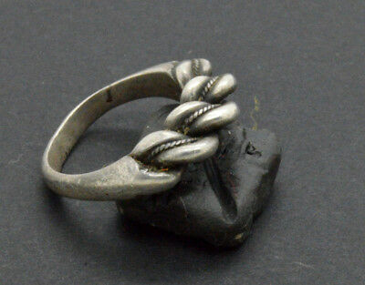 Post medieval period Silver ring. 18 Century. 9gr