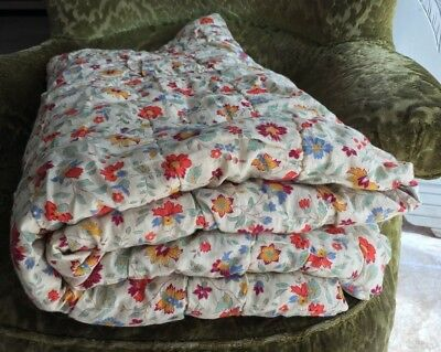 Divine Antique French Provencal Quilt Boutis Floral Coverlet Bed Wool Filled