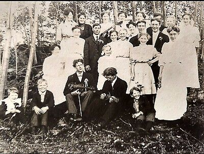 Unique Antique Vintage Photograph of Large Family Rare