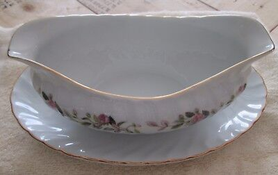 Creative Fine China Japan 2345 Regency Rose Gravy Boat With Attached Underplate