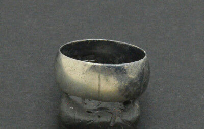 Post medieval period 84 Silver ring. 18 Century. 5gr