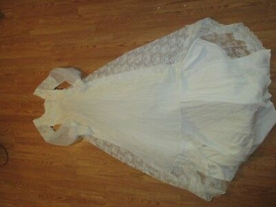 VTG LONG SLEEVE FORMAL long WEDDING GOWN ,XS beading on top, pleats under bodice