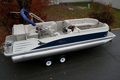 Non current-25 ft Tahoe Cascade pontoon boat with 4 stroke 60 Mercury - high end