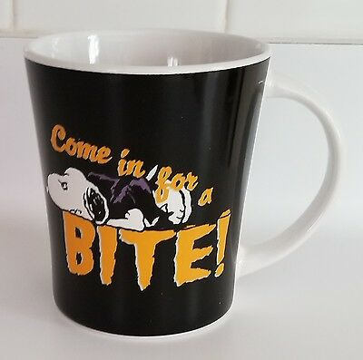 Peanuts Snoopy Ceramic Mug 'Come in for a BITE!' by Gibson 15oz