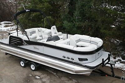 25 ft pontoon with 250 four stroke and trailer