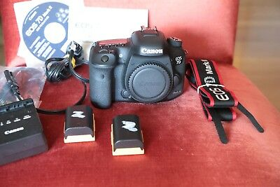 Canon EOS 7D Mark II 20.2MP Digital SLR Camera - Black body only mint condition