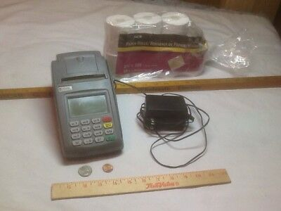 First Data FD100 Credit Card Terminal Machine w/ Power Supply & paper