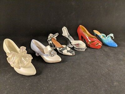 Lot Of 6 Just The Right Shoe By Raine