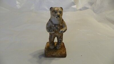 vintage 1949 IH louisville cast iron bear