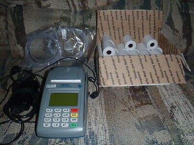 First Data FD100 Credit Card Terminal-excellent condition-22 paper rolls-no res