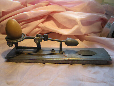 Vintage Reliable Egg Scale