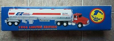 MINT CONDITION! 1996 Serialized Limited Edition EZ Serve Toy Tanker Truck