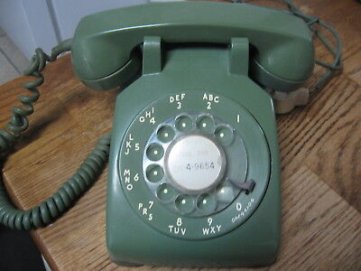 Vintage  Bell Western Electric Bell Avocado Green Rotary Dial Phone Telephone