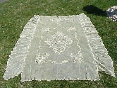 CIRCA 1920, ORNATE  NORMANDY LACE BEDSPREAD/BED CANOPY COVER Table cloth