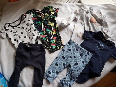 Baby clothing bundle,  size 00 (3-6 months)