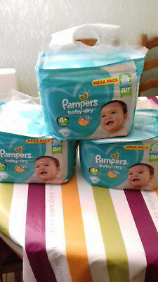 Couches Pampers BABY DRY TAILLE 4+ (9-20KG)  240 couches